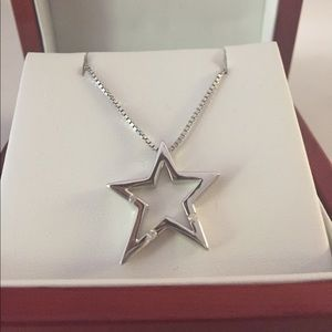 Hot Diamond Sterling Silver Diamond Star Necklace