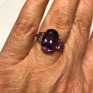 Jewelry - Stunning Estate Amethyst Ring Size 10 1/4 10K YG