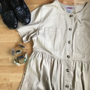Dresses & Skirts - VINTAGE cotton minimalist button-down dress M