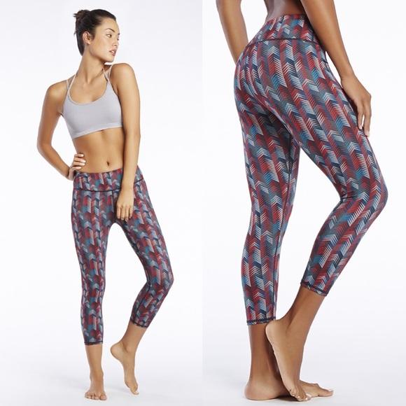 50aa124627 Fabletics Pants - Fabletics▫️Kate Hudson Salar Yoga Pants