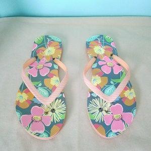 Final/Firm Vera Bradley Floral Flip Flops Sz 5/6