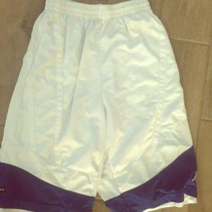 Nike Short Shorts size XL Boys