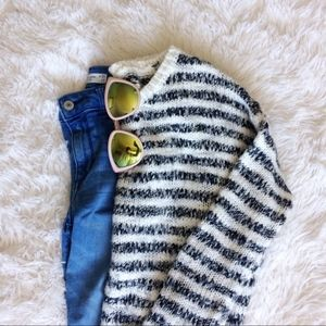 AEROPOSTALE grey+white boatneck knit sweater