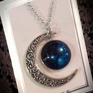 Jewelry - Glow in the dark big dipper cabochon necklace