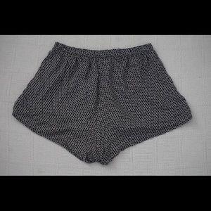 Brandy Melville Shorts - | BRANDY MELVILLE | black shorts w/ white daisies