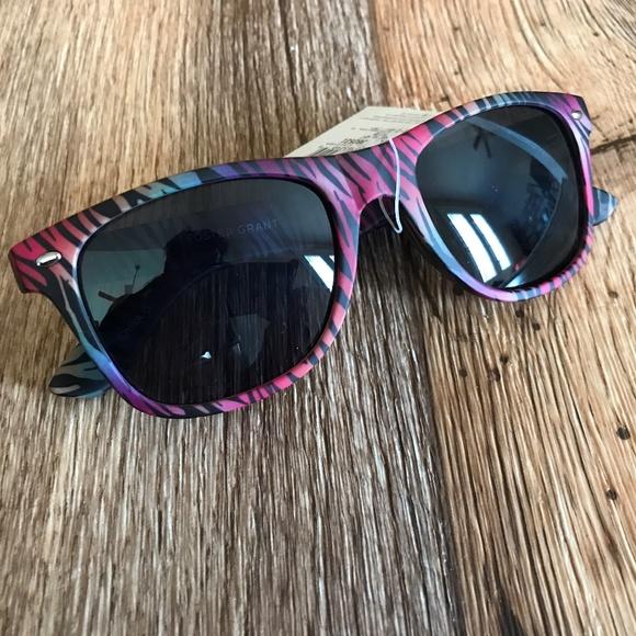 facb78199a Foster Grant Womens Sunglasses Pink Camo Eye Wear