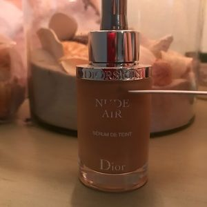 Dior nude air foundation.