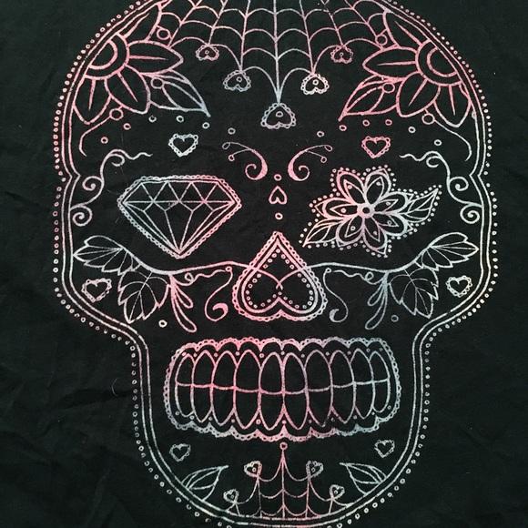 torrid Tops - EUC Sugar Skull Graphic Tee