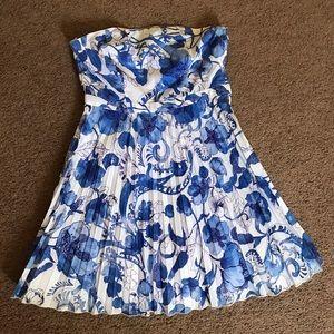 ⚠️mustbundle⚠️NWOT H&M strapless pleated dress