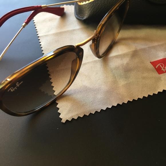 ab34167d91 Ray-Ban SCUDERIA FERRARI COLLECTION sunglasses. M 599a364d620ff73ca40e5864