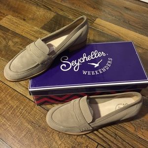New Seychelles Tigers eye Loafer