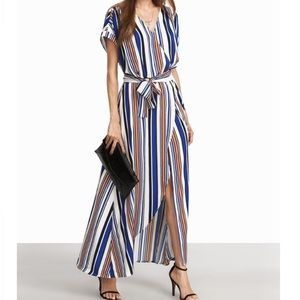 Dresses & Skirts - High slit maxi dress