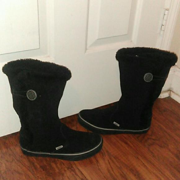 Womens Vans Black Snow Boots Faux Fur