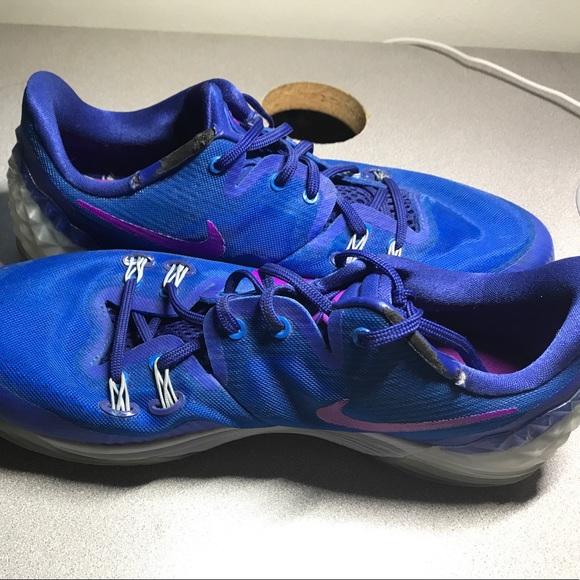 c5264fc138f Nike Zoom Kobe Venomenon 5 Royal Blue Vivid Purple.  M 599ac8744127d0d5080fcd4f. Other Shoes ...