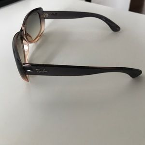 ab9279722c Ray-Ban Accessories - Ray Ban Jackie Ohh Sunglasses 🕶