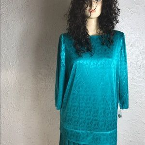 Vintage Chel'sea  Stunning Green Dress 100% Poly