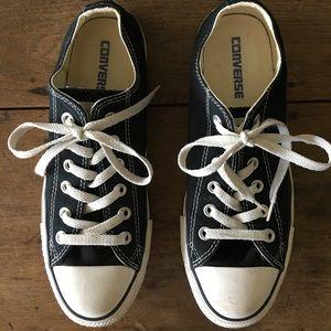 Converse Women's Black Chuck Taylor Sneakers 9