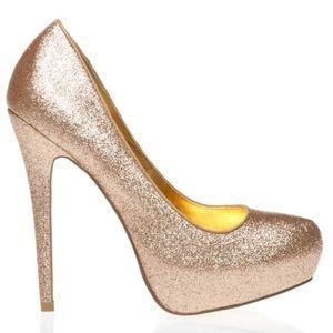 Shoes - Shoezazzle Maxella gold glitter pumps size 7