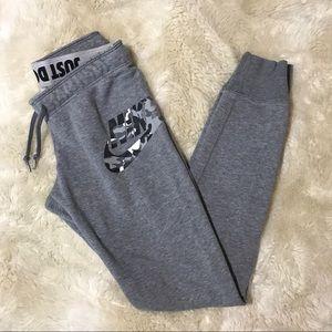 Nike Rally Tight Gray + Camo Jogger Sweatpants,XS