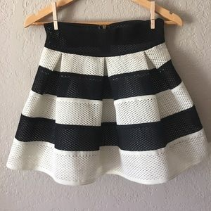 Umgee black & cream stripe lined structured skirt