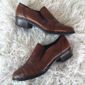 {RIEKER } light brown loafer style bootie