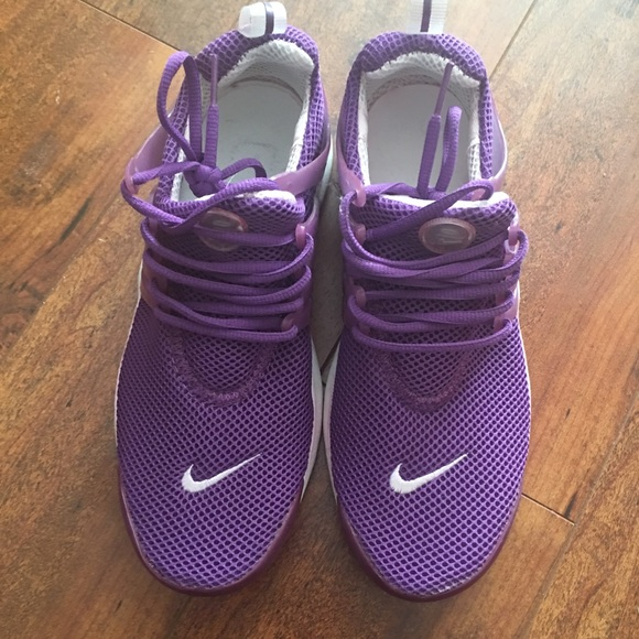 women's purple nike shoes