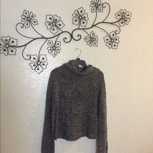 Sweaters - Knit gray sweater