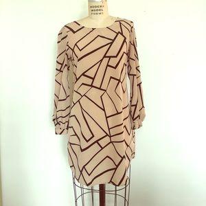 Dresses & Skirts - Graphic Mini Shift Dress