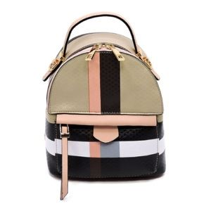 Handbags - Plaid Mini Backpack 🎒
