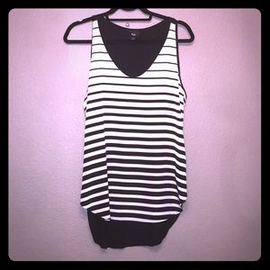 Mossimo black and white tank