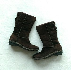 Ugg Haywell boot brown rubber sole