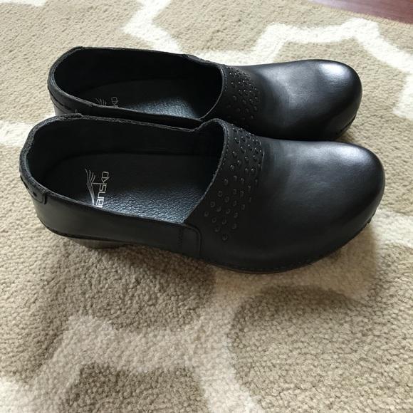 Dansko Shoes - Dansko Clogs