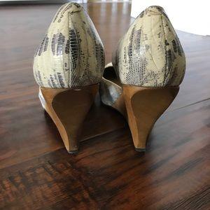 Schuler & Sons Shoes - Schuler & Sons snake skin heel