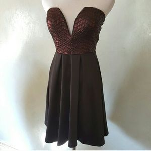 Dresses & Skirts - Gorgeous party dress