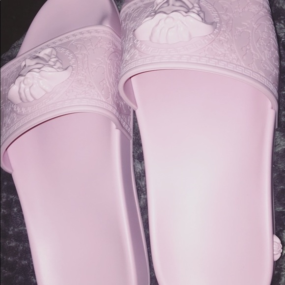 new product 2d8ae 27ff7 Versace Baroque Medusa Slides Size 38