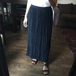 Dresses & Skirts - Silk Textured Maxi Skirt