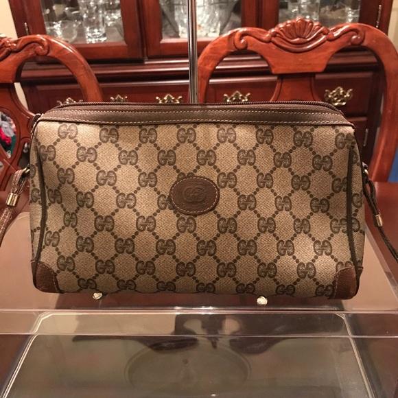 320d65fdda2 Gucci Handbags - 🔥FINAL SALE Authentic Vintage Gucci cross body🔥