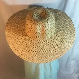 Accessories - Summer Tan floppy hat