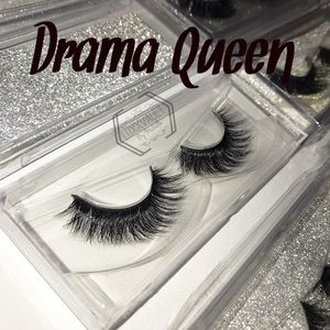 """Other - 3D Mink Lashes in """"DRAMA QUEEN"""""""