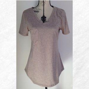 Tops - Oatmeal Heather Curved Hem Short Sleeve T-Shirt