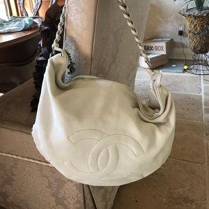 white chanel bags. white chanel hobo bags