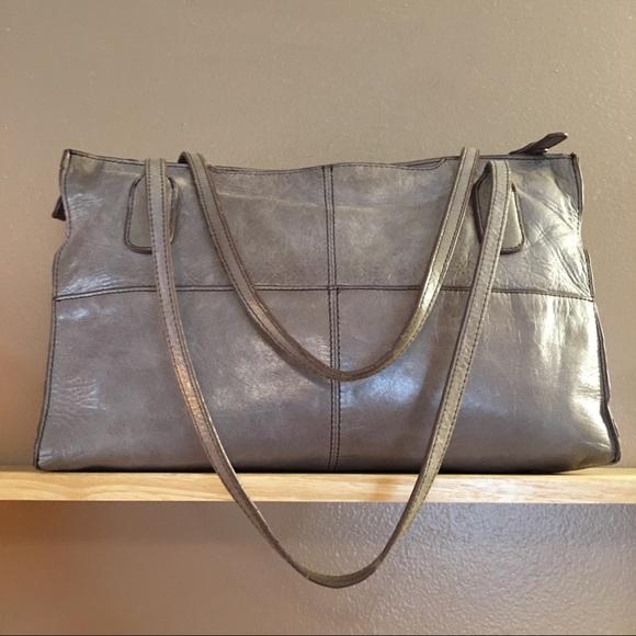 87% off HOBO Handbags - Pre-loved HOBO Friar shopper shoulder bag ...