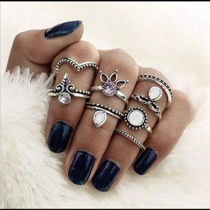 Jewelry - RESTOCKED 🌷 Gypsy Midi Rings Set