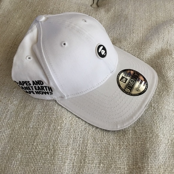 7d9c05f3c81 bape Other - Aape by A bathing ape white Hat