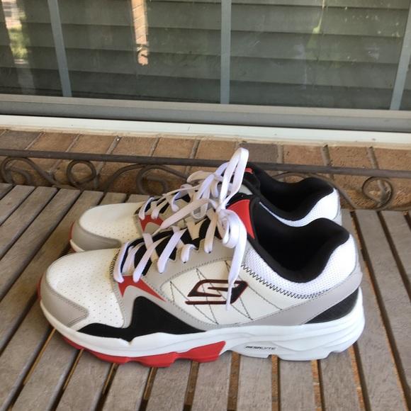 Skechers Shoes - ❤️SOLD❤️Skechers Go Train Supreme Athletic Trainer