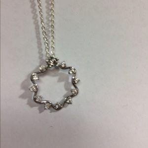 Jewelry - Pretty CZ Pendant