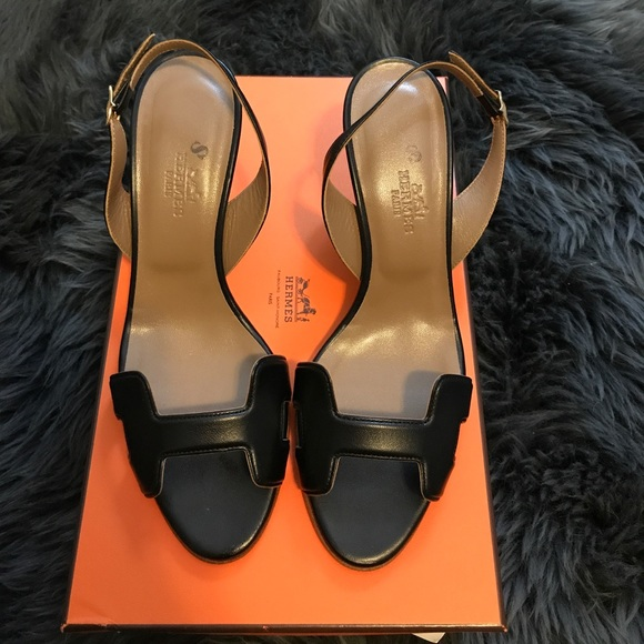 a313788cc Hermes Night 70 sandal in black