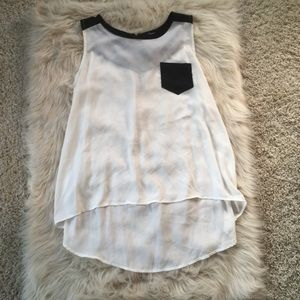 Monteau black and white color block tank