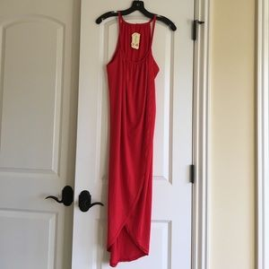 Dresses & Skirts - Brand new with tags! Fabulous red maxi dress