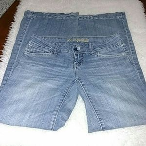 American Eagle Wideleg/ bell bottom jeans!!